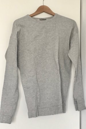 Grau-melierter Sweater