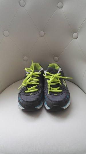 Grau neongelbe Sneakers von Sketchers