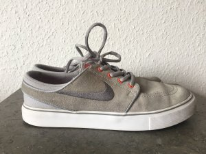 Nike Lace-Up Sneaker light grey-salmon