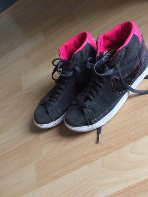 Grau - Pinke Blazers von Nike