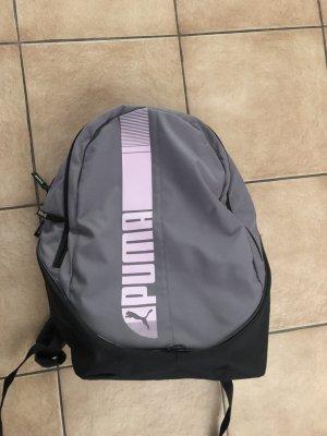 Grau rosa Rucksack von Puma, wenig benutzt