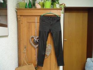 grau-schwarze Jeans mit Kunstleder H&M 42