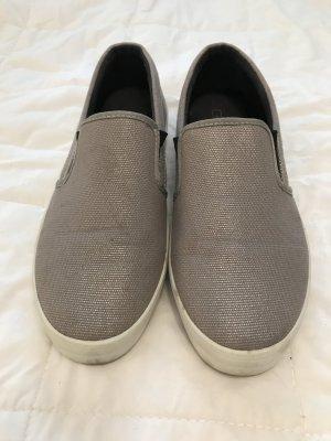 Grau silberne Zara Slipper