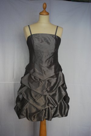 Grau/ Silbernes Abendkleid