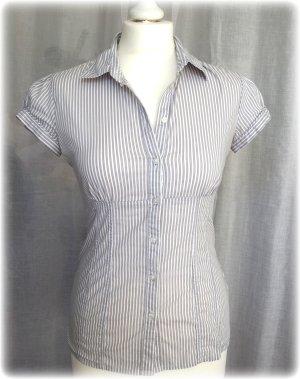 grau-weiß gestreifte Bluse in Gr. 36