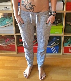 Grau/weiße Jogginghose H&M S
