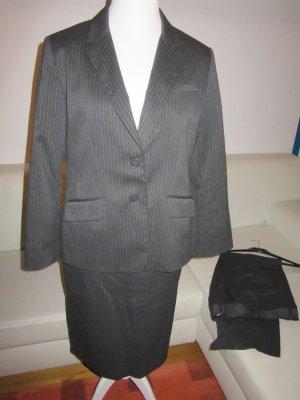 grau-weiße Nadelstreifenhose und Rock Gr.42 H&M