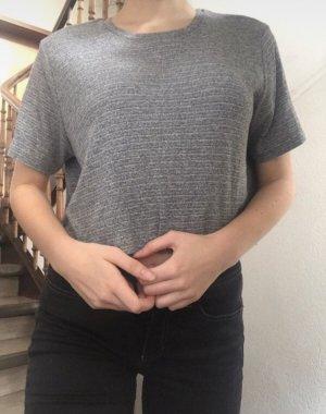 Grau, weißes cropped T-Shirt von Brandy Melville