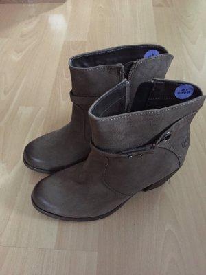 Graubraune Stiefel von Marco Tozzi in Größe 39