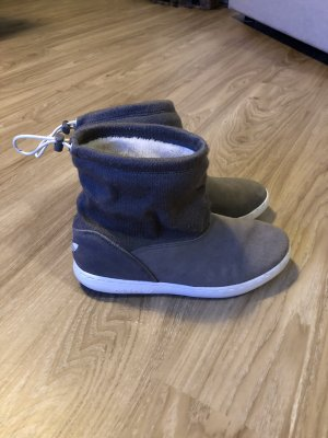 Adidas Originals Winter Boots grey