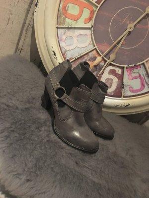Graue Ancle Boots Marc Shoes