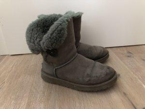 Graue Boots