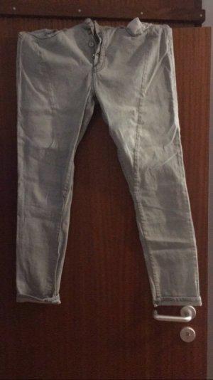 Graue Boyfriend Jeans