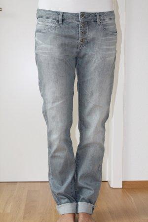 Graue Boyfriend-Jeans von Esprit