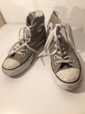 Graue Converse Chicks
