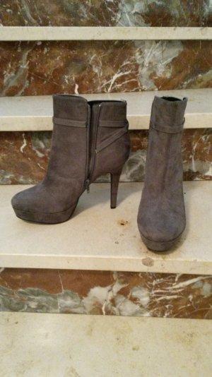 Graue Damen - Stiefellette in Größe 39 von H&M