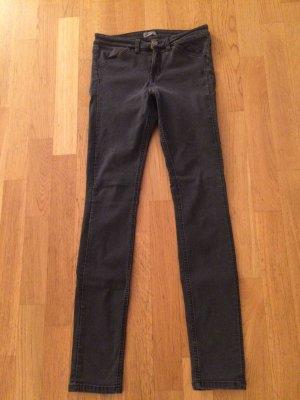 Graue Filippak Jeans, Größe small. Neuwertig