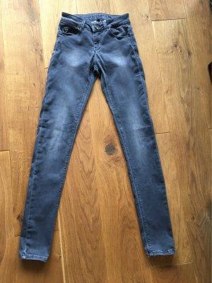 Graue Hallhuber Jeans