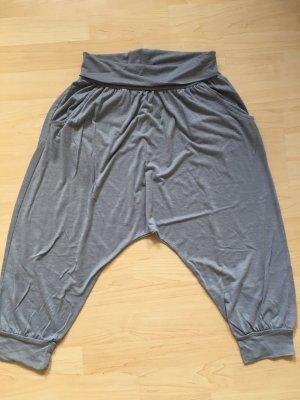 H&M Pantalón estilo Harem gris claro