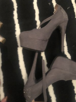 Graue high Heels