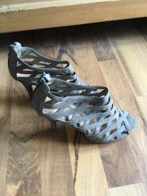 Graue High-Heels von Reno