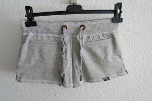 graue Hot Pants Shorts S - NEU
