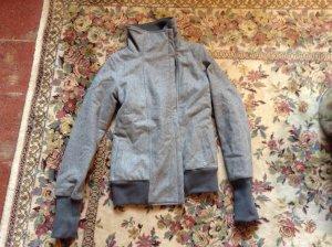 Graue Jacke von Bench aus Wolle in S
