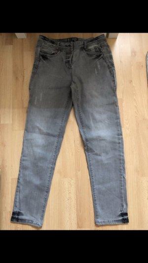 Cecil Jeans a vita alta grigio-grigio chiaro