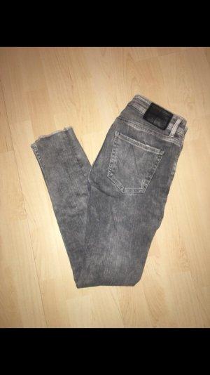 Graue Jeans, Größe 36