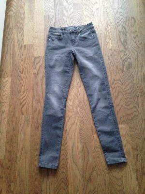 Graue Jeans in der Gr. XS