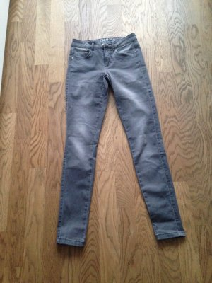 Graue Jeans in der Gr. XS