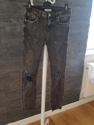 graue Jeans (ungetragen)
