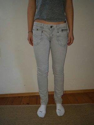 Graue Jeans von CARS