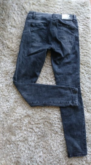 graue Jeans von Marc Aurel mit Sternenprint