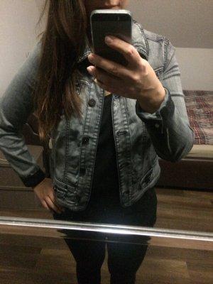 Graue Jeansjacke von Biba
