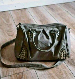 Graue Kunstlederhandtasche