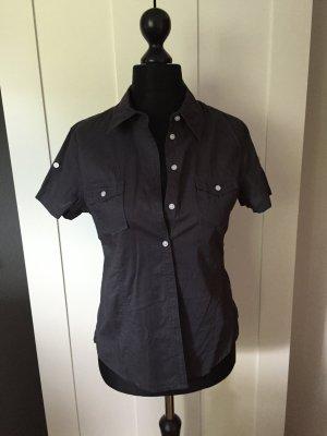 Graue Kurzarm-Bluse von H&M