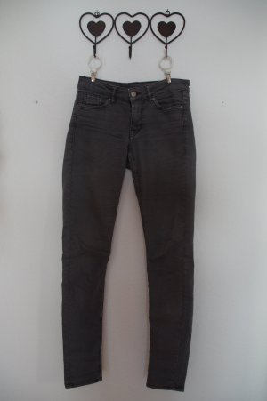 graue lange Jeanshose