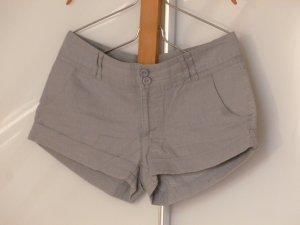 Graue Leinenshorts von Vero Moda (Größe S/36)
