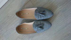 graue Loafer von Zara