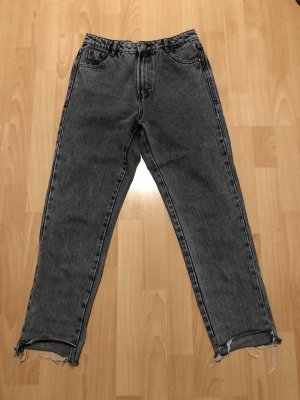 Graue mom Jeans