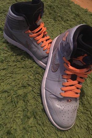 Nike Sneakers met veters lichtgrijs-neonoranje Imitatie leer