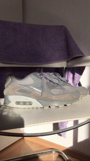 Graue Nike Air Max