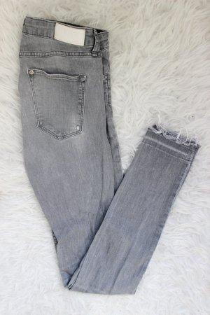 H M Skinny Jeans günstig kaufen   Second Hand   Mädchenflohmarkt 394756a30c