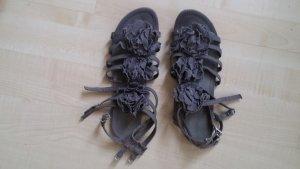 Graue Sandalen mit Blumen aus Stoff von Topshop Gr. 42