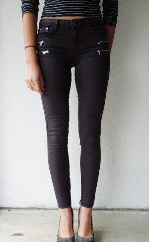 Graue Skinny Hose mit Reißverschlüssen von Zara