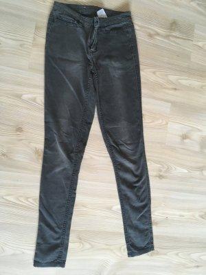 Graue Skinny Jeans