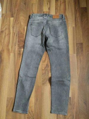 graue skinny Jeans bestickt L.O.G.G. Gr.29