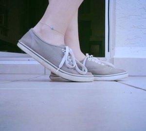 Graue sneaker von Vans Größe 39