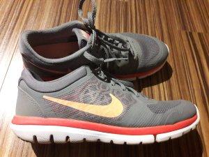 Graue Sneakers Nike Gr. 40,5 Flex 2015 Run